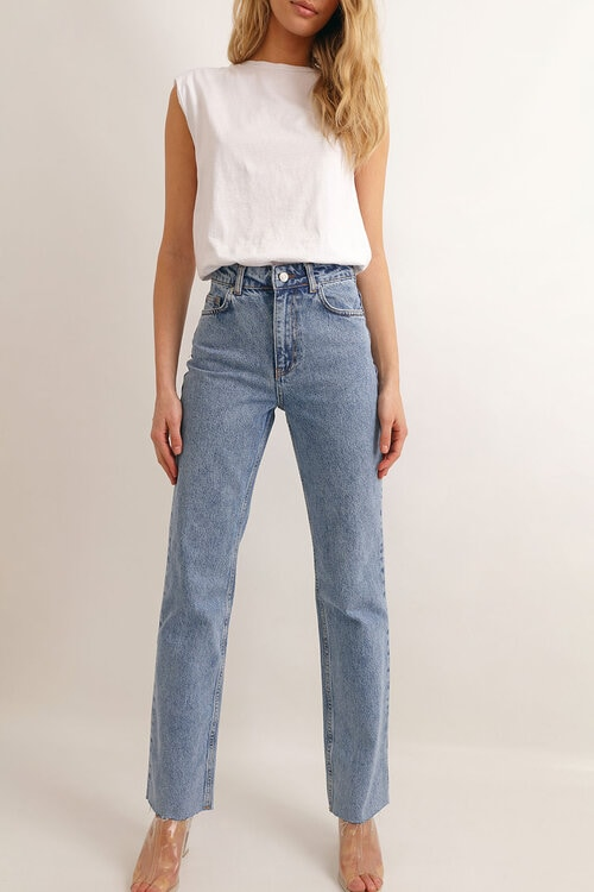 straight legs jeans